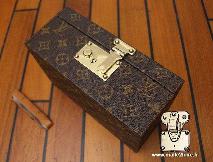 Boite a tout Louis Vuitton serrure laiton