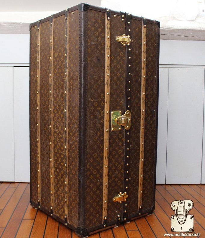 wardrobe Louis Vuitton superbe