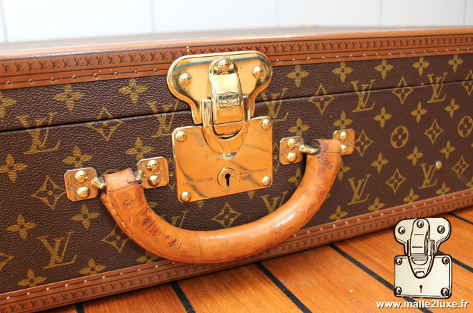valise de voyage malle Louis Vuitton bisten 80  serrure laiton