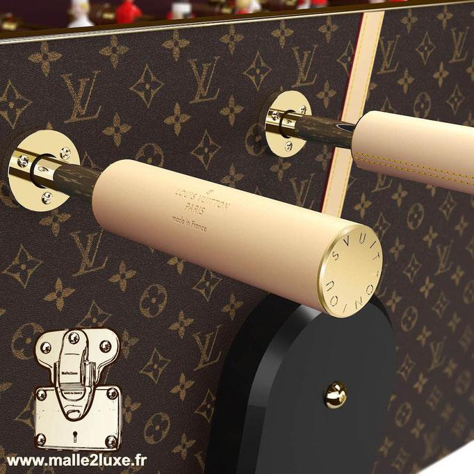 Baby-foot Louis Vuitton poignée cuir