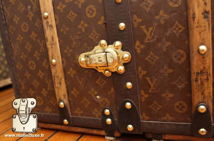 fermoir malle Louis Vuitton dessous de malle