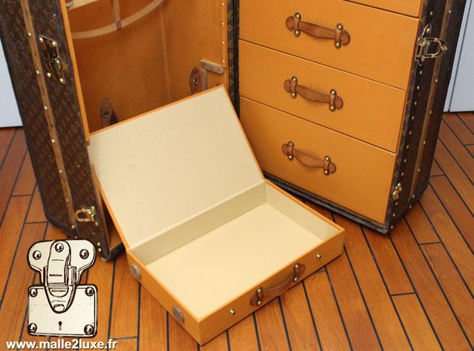 boite a chaussure malle Louis Vuitton