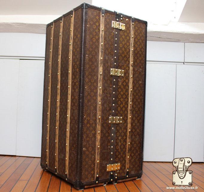 wardrobe Louis Vuitton refaite
