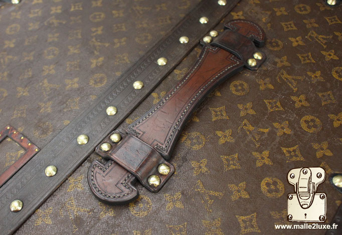 wardrobe Louis Vuitton unbelievable