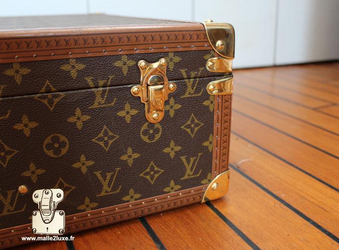valise de voyage malle Louis Vuitton bisten 80  fermoir