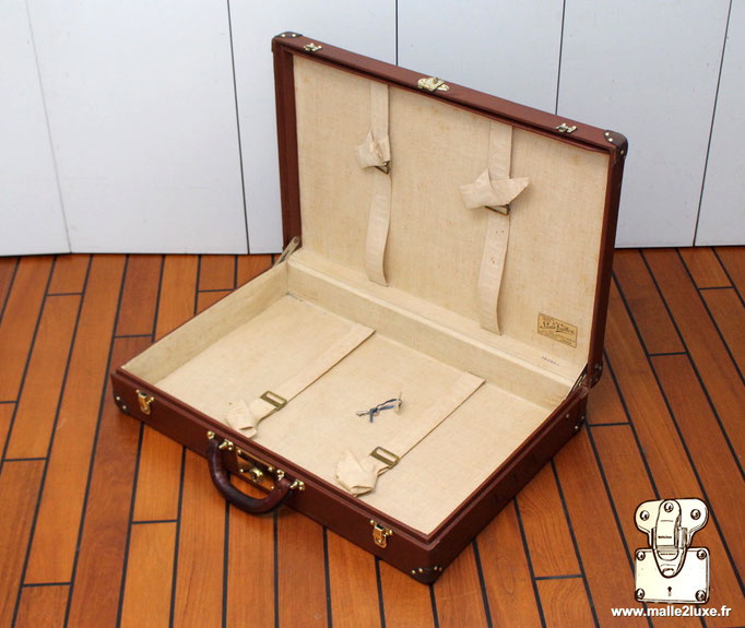 jolie finition bagage vintage vuitton
