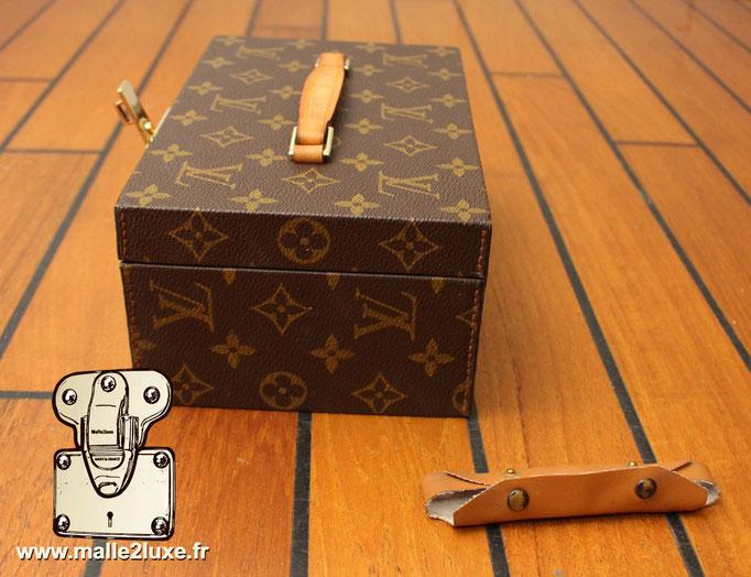 Boite a tout Louis Vuitton  coté