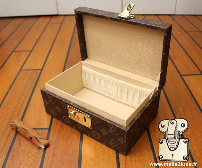 Boite a tout Louis Vuitton  vintage