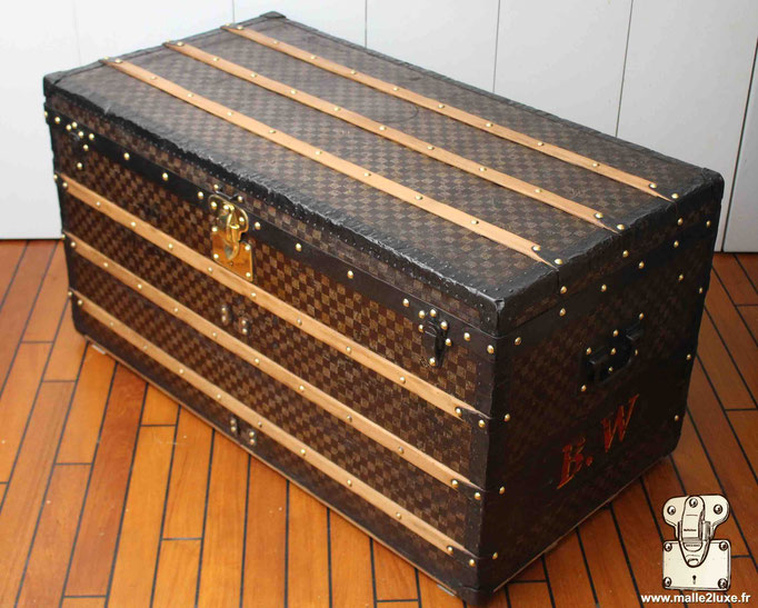 malle courrier Louis Vuitton ancienne