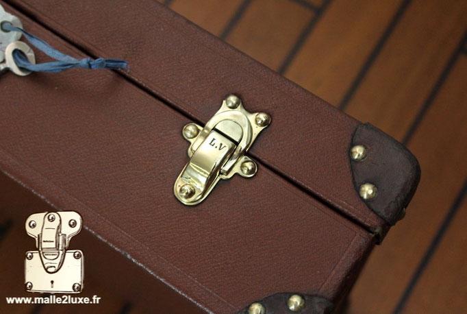fermoir laiton Louis Vuitton