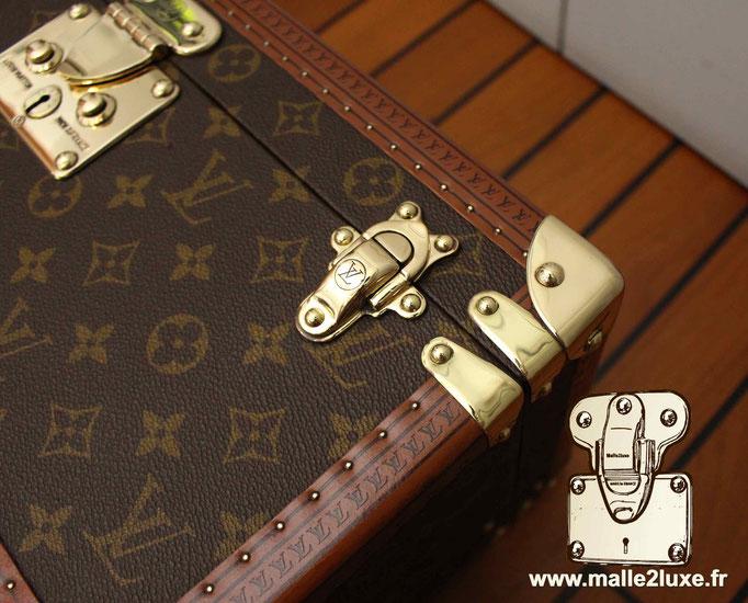fermoir droit Malle Louis Vuitton