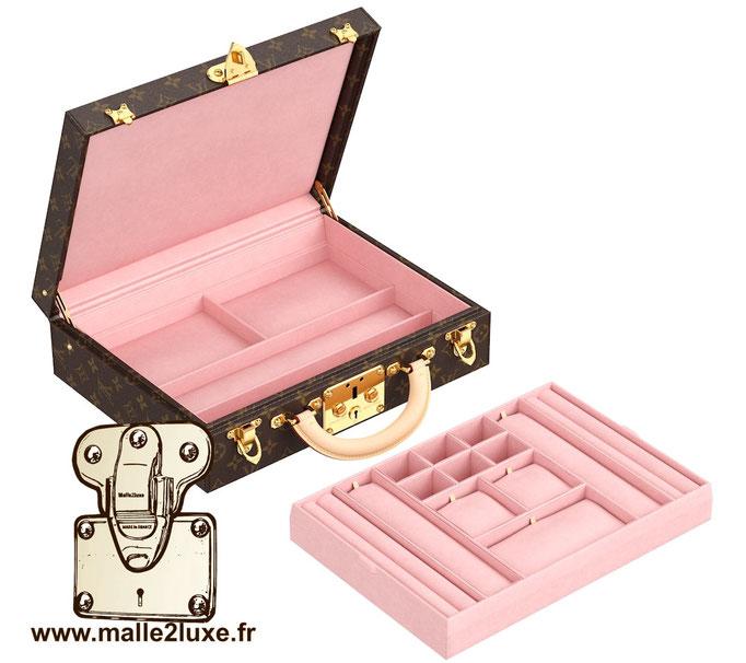 malle vendome bijoux Louis Vuitton valise rose