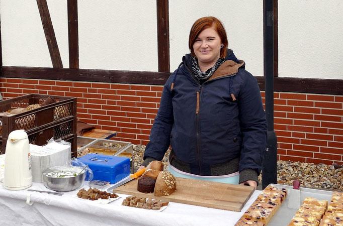 Brot und Backwaren aus der hiesigen Bäckerei