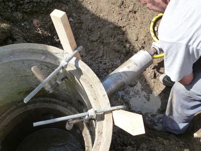 Betonfräsen für Leitungsanschluss