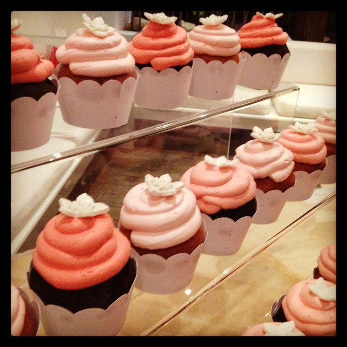 Cup Cakes by Ilse Ortiz