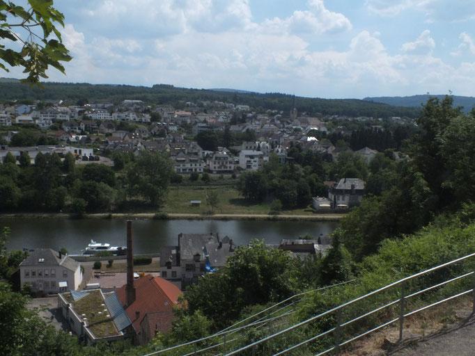 Blick von der Saarburg auf die Sara und die Unterstadt