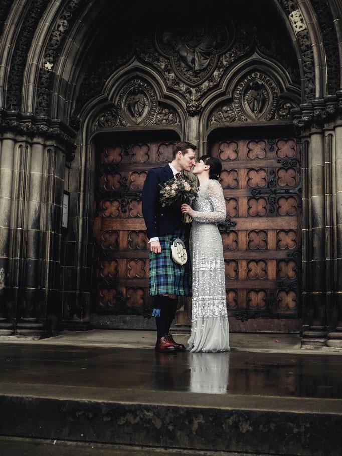 budget wedding photographer edinburgh