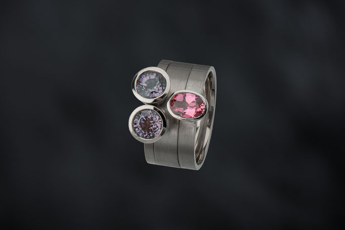 Produktnummer 4315 - 585/- Weißgold,  Spinelle, rosa Turmalin