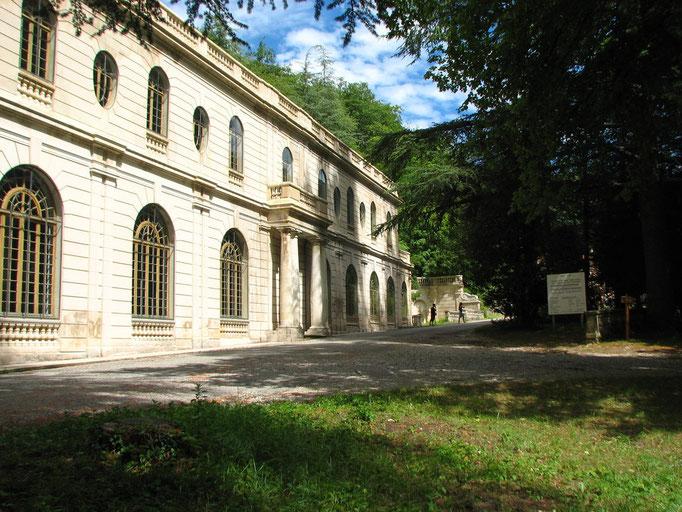 l'Auberge des Dauphins ( foret de Saou )
