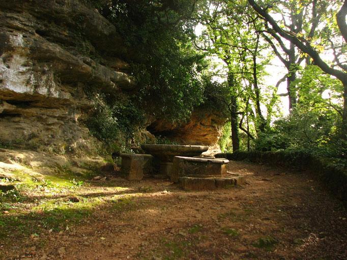 Grotte de Rochecourbiere ( Grignan )