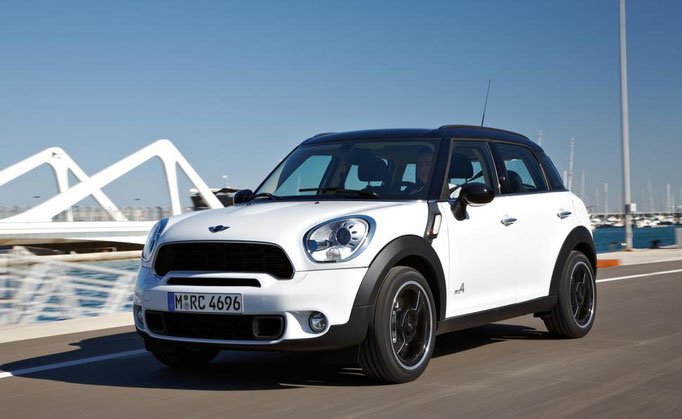 MINI COUNTRYMAN Cooper D Business ... meno 100