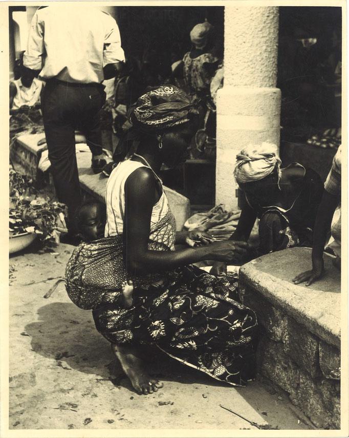 photo photographie tirage argentique époque Afrique marché