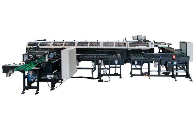 Linea di taglio con stazione di misura, carico/scarico transfer, stazione pulizia e controllo.