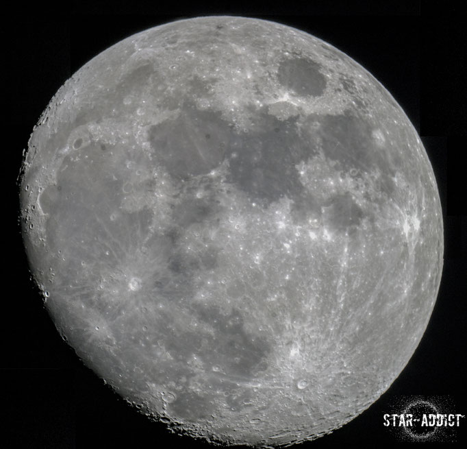 Moon - mosaic consisting of 4 separate images - Skywatcher Skymax 180Pro Maksutov - Sony A5000 DSLR