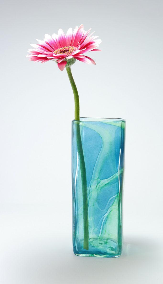 Vase, viereckig, blau