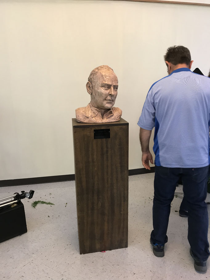 A bust of William Inge at ICC
