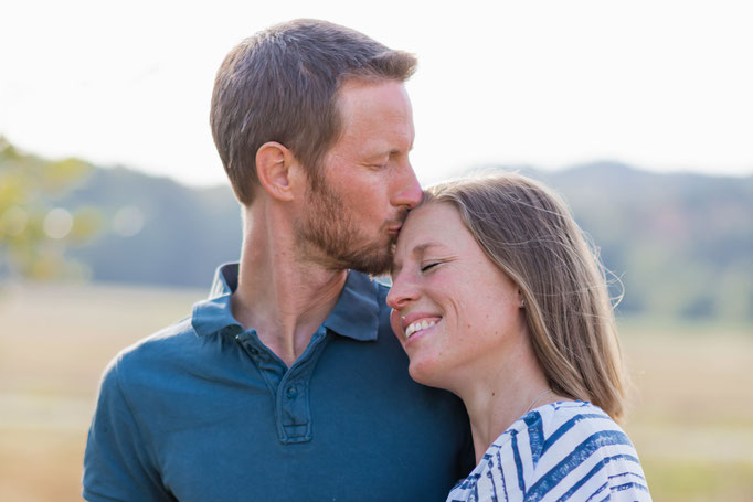 Du und ich - Natürliche, romantische und emotionale Paarfotografie in Neu-Anspach