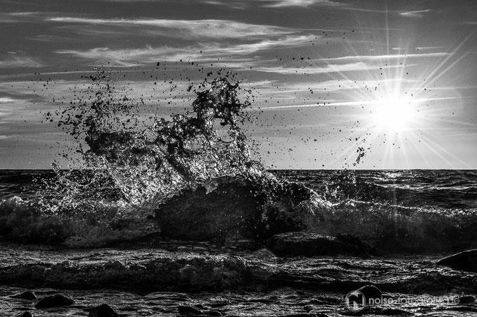 Wellen am Strand von Heiligenhafen