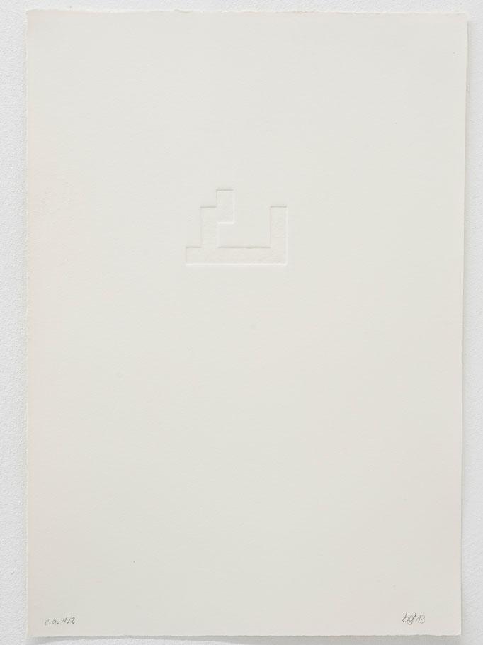 Beate Gärtner | Block I, 2013, embossing on handmade paper, 38,5x26,5cm, Foto@Bracht Fotografie