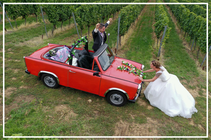 Drohnenaufnahmen-Luftbilder-Sandra&Jan-Braut-in-Aktion-Hochzeitsfotograf-Juergen-Sedlmayr56