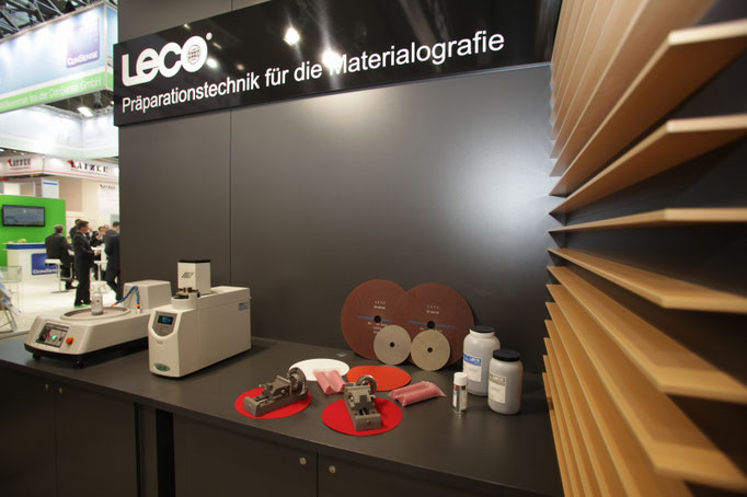 LECO-Messefotograf-Juergen-Sedlmayr-Fotoshooting-fr