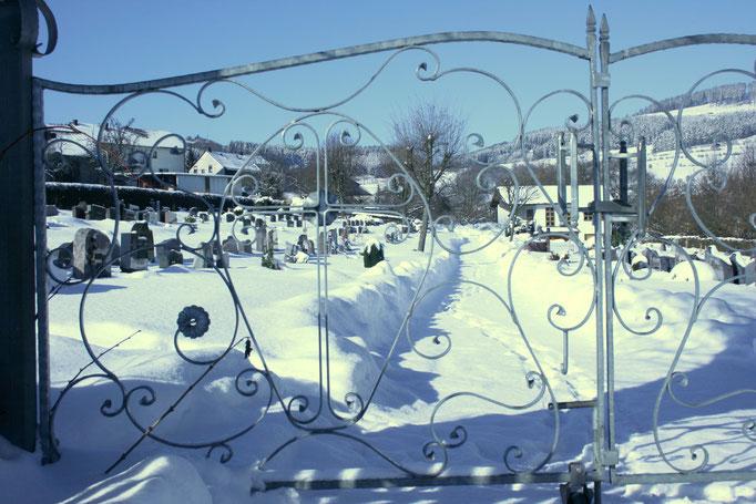 Friedhof (Foto von Birgit Berkenkopf)