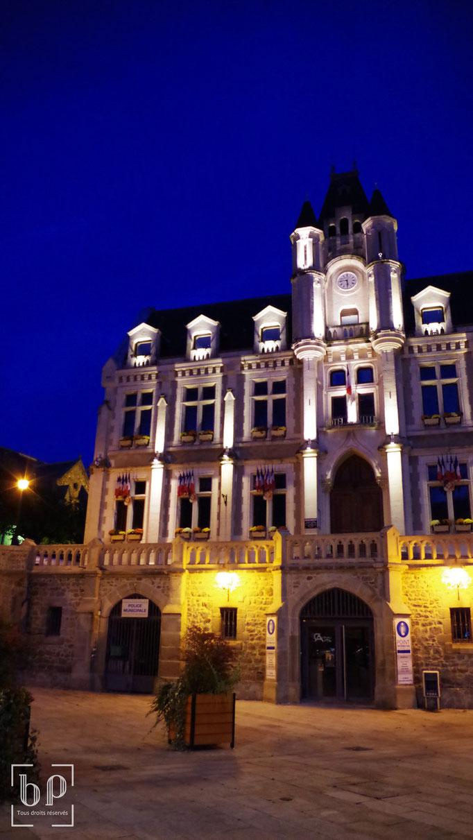 Hôtel de ville de Saint-Galmier.