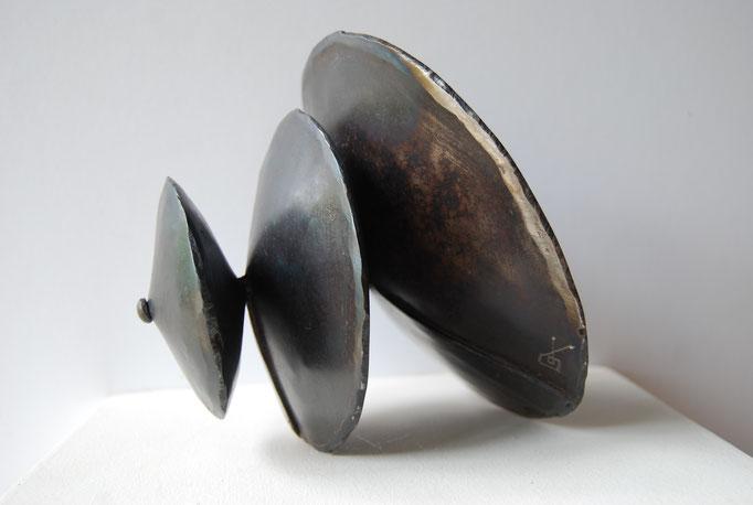suite conique n°5  acier 20x18x16 (collection privée)