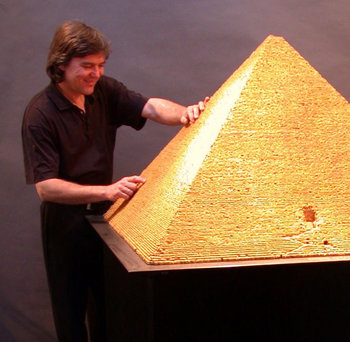 Cheops-Pyramide Corkmodel 1:200