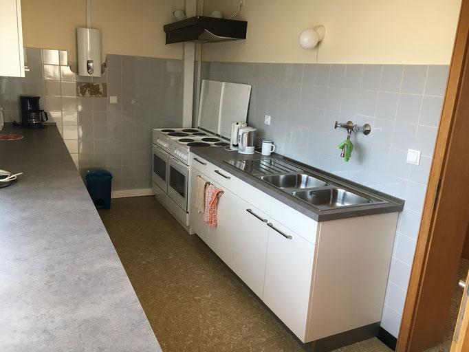 Lüderbacher Gemeindehaus Küche zur allgemeinen Benutzung