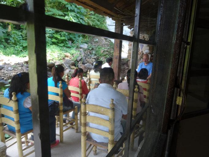 seminarios sin costo para la población indígena / kostenlose Seminare für die indigene Bevölkerung