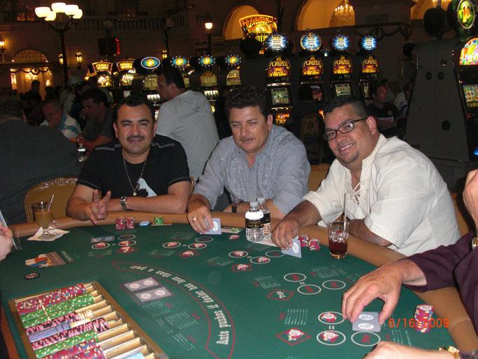 Con Tony Melendez (Primavera) y El Puma de Sinaloa.