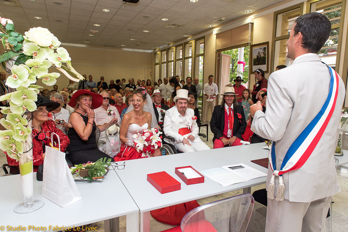 Cérémonie de mariage à Fuveau près d'Aix en Provence