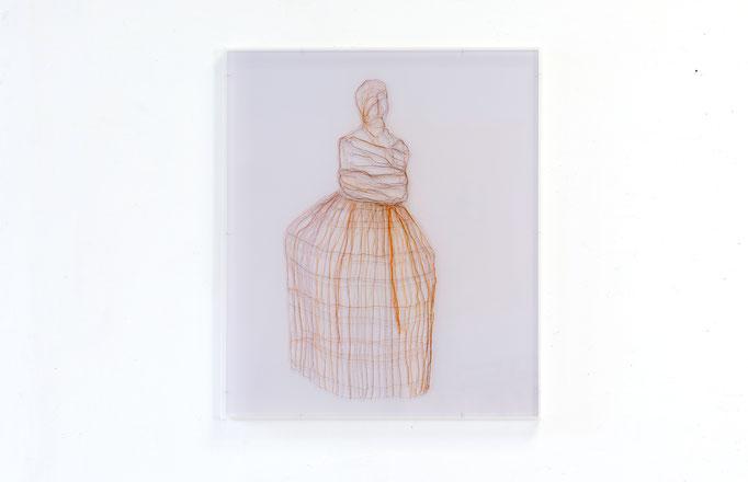 The rhythm in me, 2017, Garn, Netz auf Acrylglas, 70 x 60 cm