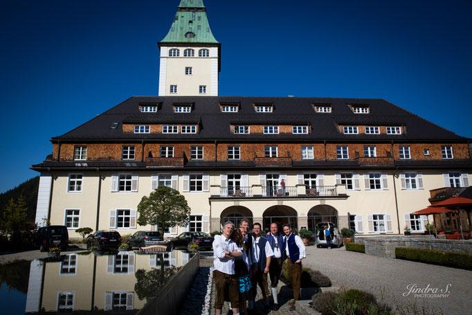 Bayrische Band auf Schloss Ellmau