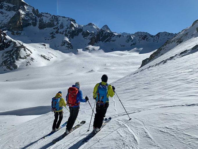 Abfahrt zum Haut Glacier d'Arolla