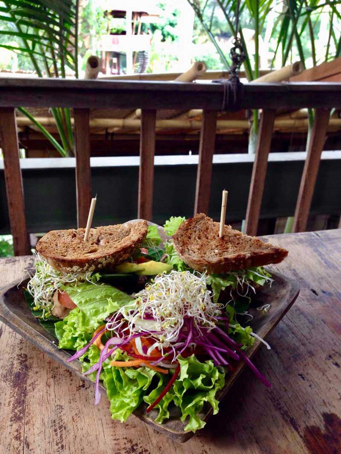 Healthy Food Yoga Barn Kafe Ubud