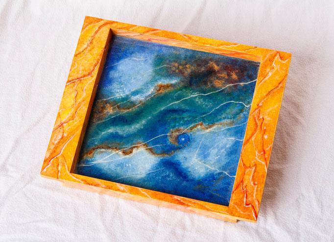 Vide poche en bois peint (L 22,5cm x l 18cm x h 3cm)