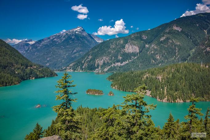 KN15009 Diablo Lake, Washington