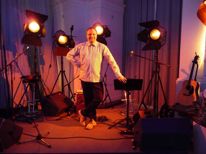 Ausnahmsweise im Licht: Lichtdesigner und GrandMA Operator Werner Kokott